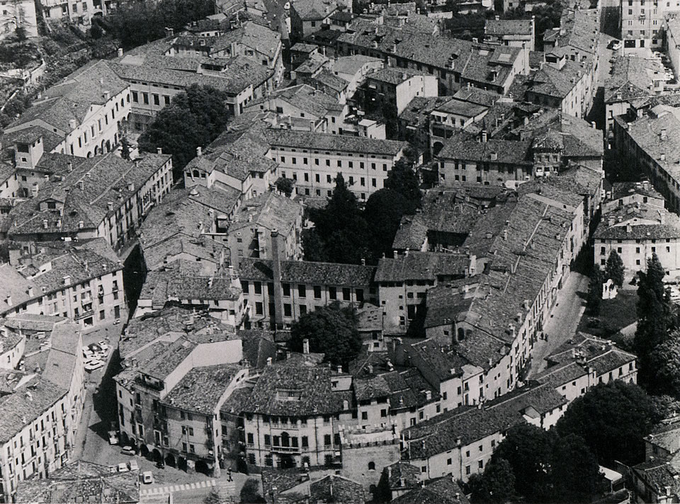 Veduta aerea dell'isolato di Berga